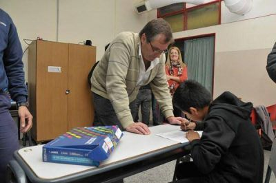 Entregaron netbooks en la EPET Nº 1 de Santa Rosa