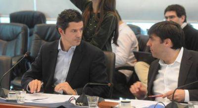 La oposición cuestionó que la reducción del IVA a alimentos es sólo hasta 300 pesos por mes