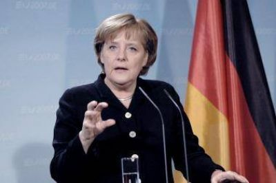 Merkel quiere luchar contra el ascenso de la ultraderecha del Frente Nacional franc�s