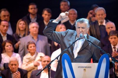 """Gioja: """"Hay que trabajar para que en 2019 el presidente sea un hombre o mujer peronista"""""""