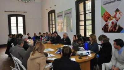 Vidal quiere declarar la Emergencia Agropecuaria
