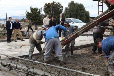 TREVELIN: Finalizó la obra de pavimento de calle Ap Iwan