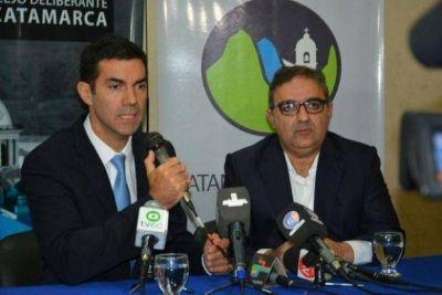 Juan Manuel Urtubey presentó la Boleta Única Electrónica en Catamarca
