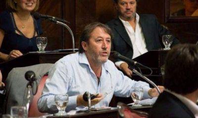 Se parti� el bloque PJ del Senado bonaerense