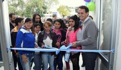 Katopodis inaugur� el Centro de Oportunidades para la Inclusi�n