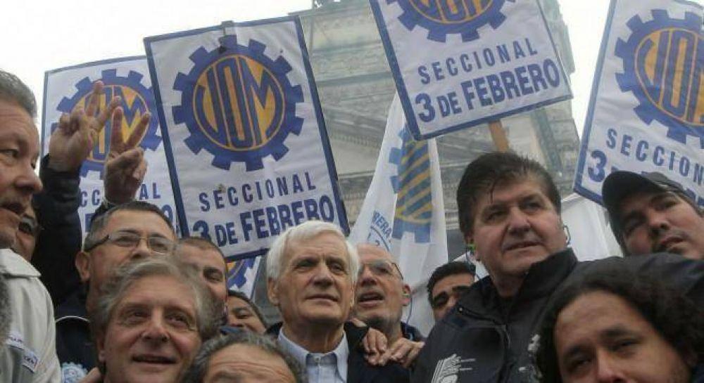 Caló rodeó el Congreso para exigir la urgente sanción de la ley antidespidos