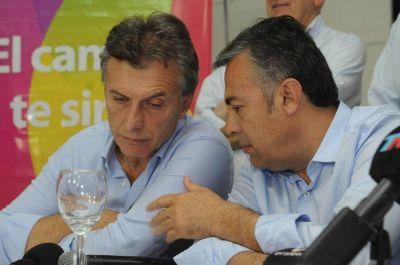 Cornejo va a la Corte contra Macri