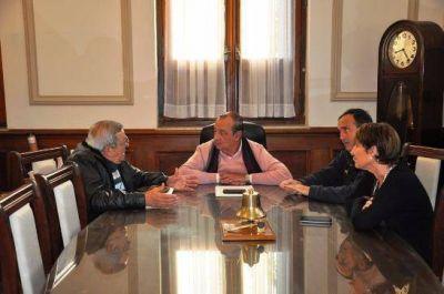 Sánchez recibió a integrantes de la Junta Vecinal Ruta 3 Sur