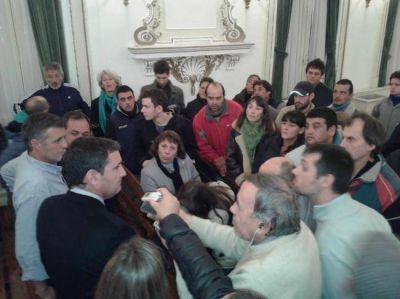 Suspendieron la sesión del Concejo tras cruces por la tarifa social de luz y el Fondo Educativo