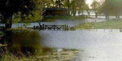 Buryaile firmó la ampliación de la emergencia agropecuaria