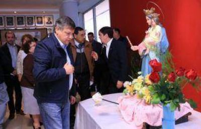Peppo celebró la visita de la imagen de la Virgen María Auxiliadora en Casa de Gobierno
