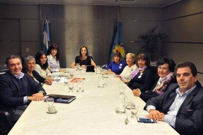 Vidal y las Madres del dolor, contra el delito y la violencia de género