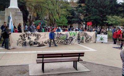 Marplatenses marcharon por la legalización de la marihuana