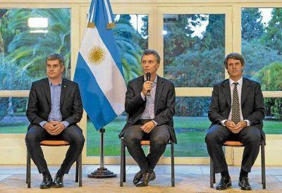 Choques en el gabinete econ�mico obligan a Macri a asumir el control