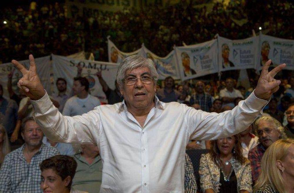 Hugo Moyano aseguró que dejaría la CGT para desembarcar en la AFA