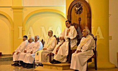 Canecin celebró su primera misa en la Catedral tras su ordenación como obispo