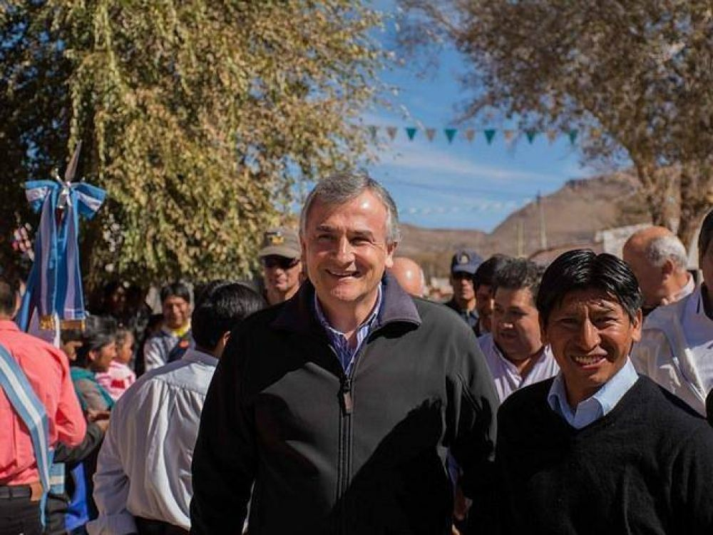 Morales acompañó al pueblo de Cusi Cusi en sus Patronales