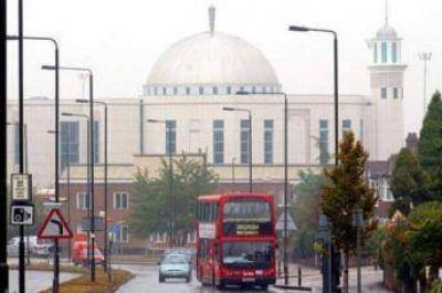 415 mezquitas y centros de estudios para un millón de musulmanes en Londres