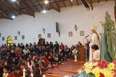 El obispo presidió las fiestas patronales de la Virgen de Luján