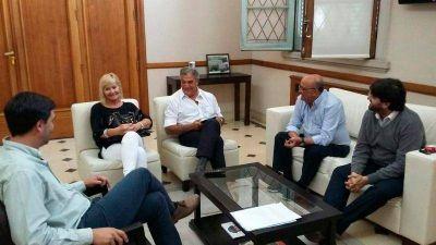 Galli aumentó por decreto el 32 % el boleto de colectivos