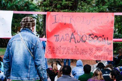 UNLu: clases públicas en la plaza Colón