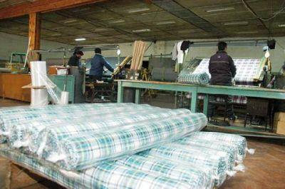 Fuerte retroceso en el sector de textiles
