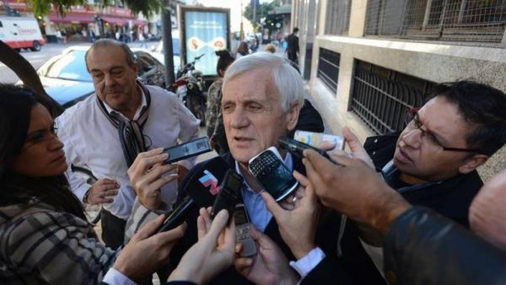 Reunión de Macri con las CGT: Caló le reclamó por 40.000 heladeras