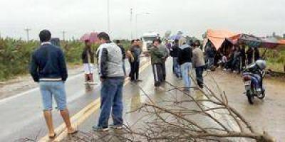 Usuarios de REFSA levantan el corte sobre la Ruta N° 11
