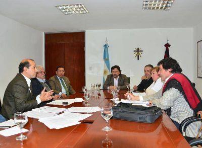 Sáenz analizó con diputados el proyecto de endeudamiento