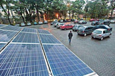 Se construyó un sistema por el que el usuario genera su propia energía solar