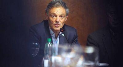 Sturzenegger y Cabrera se cruzan por la política de control de precios y la inflación