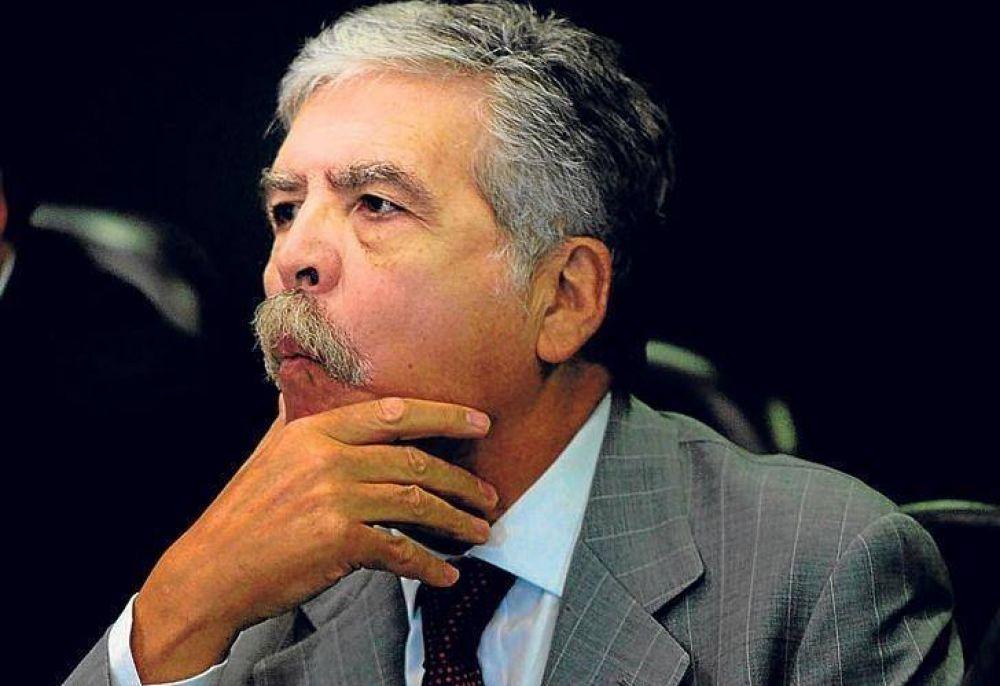 Presentaron un proyecto para poder allanar el domicilio de Julio De Vido a pesar de sus fueros