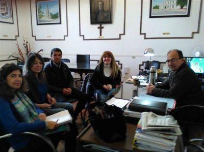 Sandra Santos recorrió cuatro distritos de la Séptima