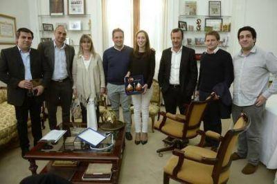 Reuni�n de Vidal con el intendente de Chacabuco y la presencia del principal �operador� de Monz�