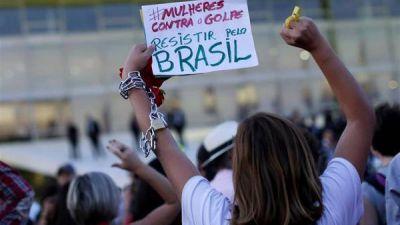 """Dilma: """"Soy víctima de una farsa política, no voy a ceder"""""""