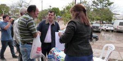 Olivera arrancó una campaña para acceder a la tarifa social