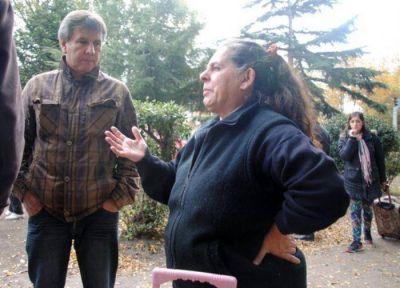 P�ez: �Los feriantes de la Plaza Rocha lo hacen como un modo de supervivencia�