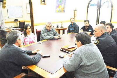 CHASCOMUS: El Municipio asegura que cumplirá con la normativa vigente respecto de menores de edad y consumo de bebidas alcohólicas en boliches