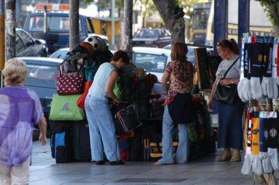 El municipio niega que pueda volver la venta ambulante a la avenida Luro