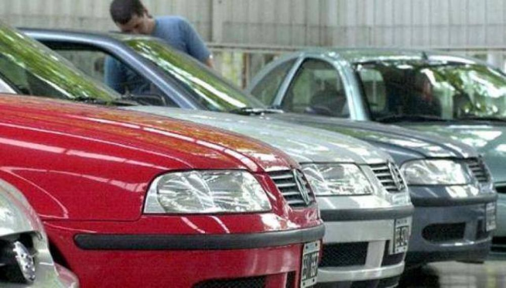 La venta de autos usados frenó un 15 por ciento