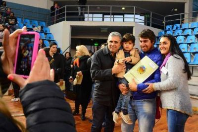 230 familias mercedinas cumplieron el sue�o de la casa propia