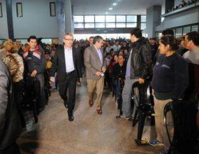 Cano pide que Alfaro maneje el plan Argentina Trabaja en la capital