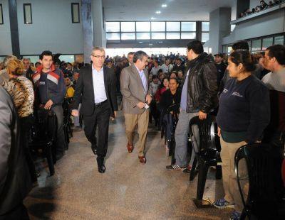 Alfaro puso en marcha el ente ejecutor de planes sociales en la Capital