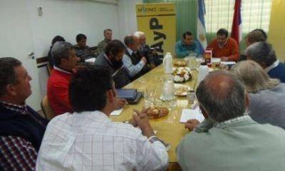Mesa yerbatera resolvió retirar 20 millones de kg de canchada para equilibrar oferta y demanda