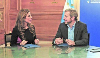La gobernadora abordaría mañana con el ministro Frigerio, la coparticipación