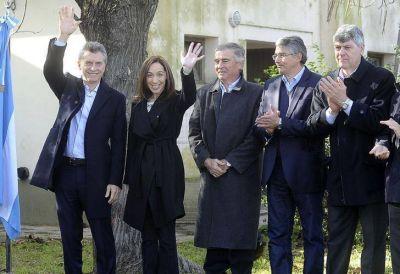 Macri presentó el Plan Federal de Internet