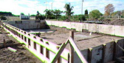 Avanza la construcción del natatorio en el predio del CUEC