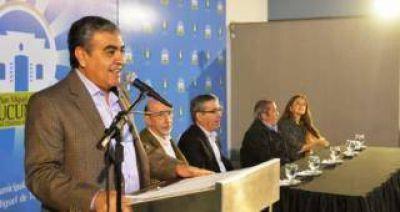 """El Alfaro y Cano relanzaron el plan """"Argentina Trabaja"""" en la Capital"""