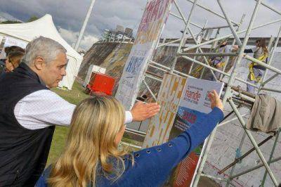 Fabi�n R�os: �queremos revalorizar a Corrientes como la Ciudad de los Murales�