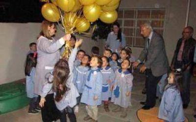 General Villegas: Campana encabezó acto en el Jardín de Infantes 904